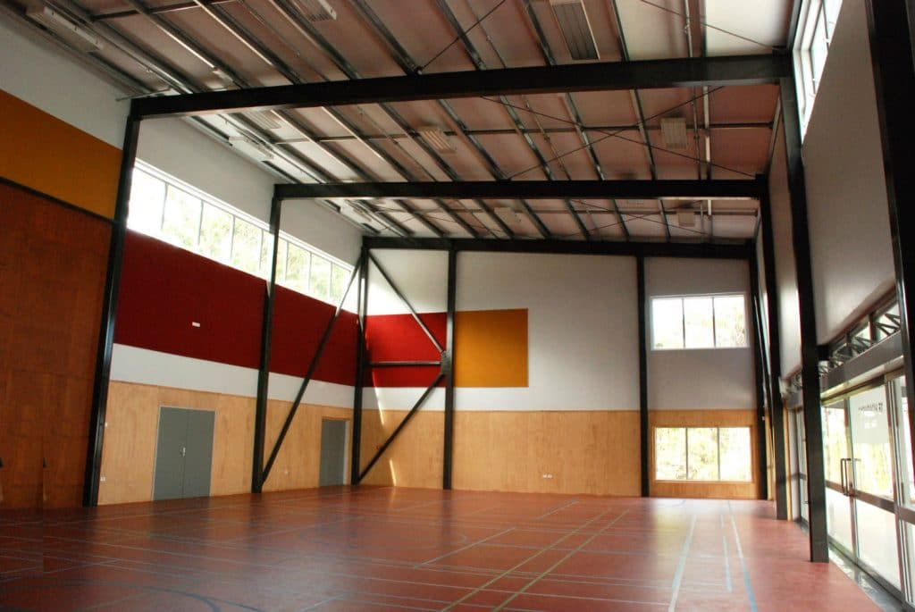 Te Kura Kaupapa Maori o Pukemiro - Gym-inside - TD Structures - Brewer Davidson